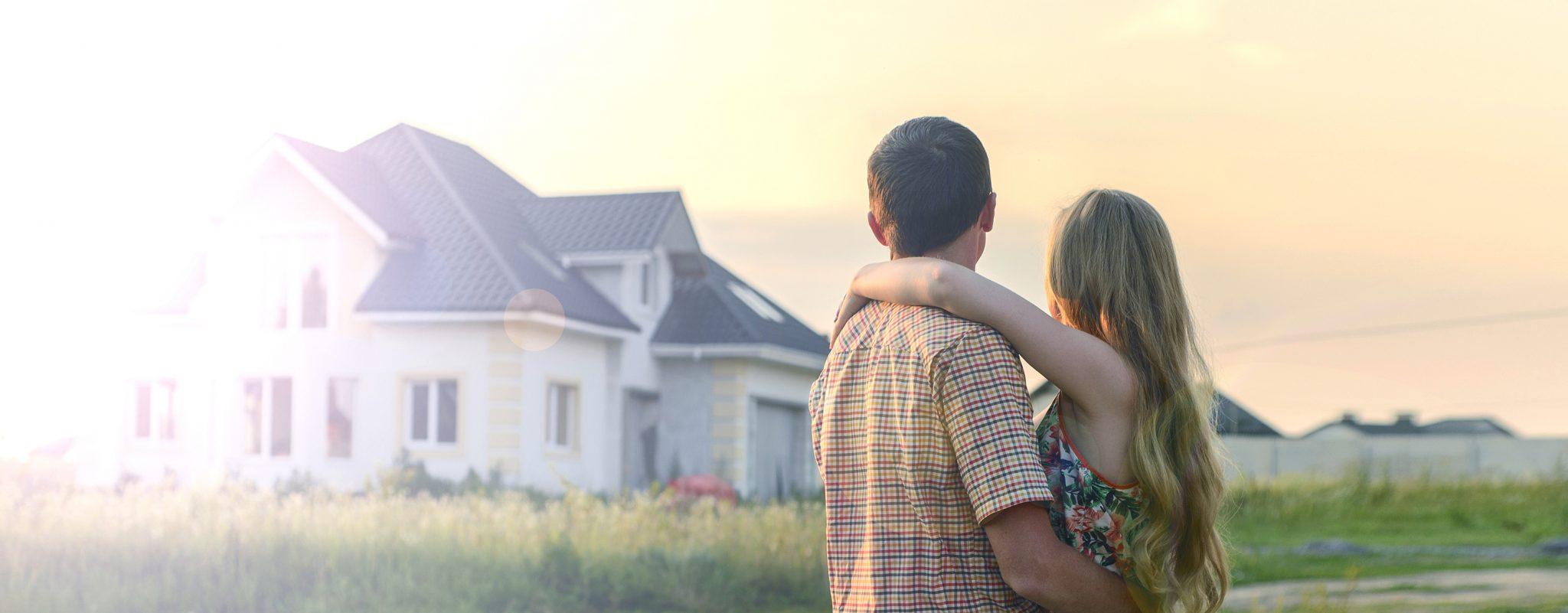 Sie benötigen mehr Platzfür sich und Ihre Familie? Wir haben das Passende für Sie undIhre Bedürfnisse. Schauen Sie sich jetztunsere aktuellen Immobilien an. Immobilien anschauen