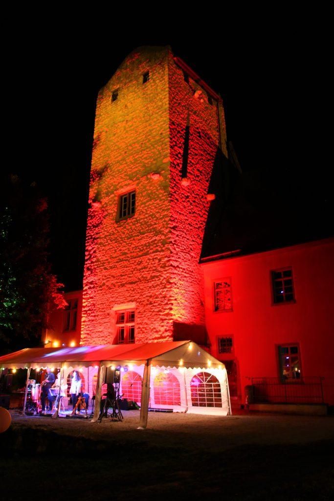 Bühne vor Burg Windeck